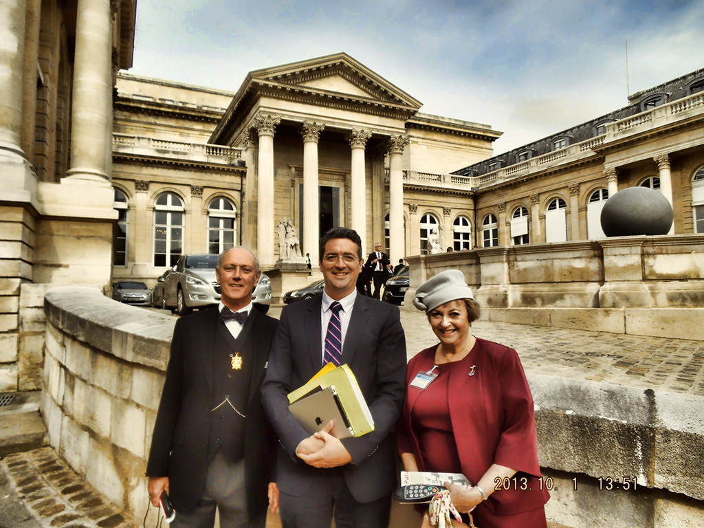 Charles-Pauline-James-Assemblee-Nationale