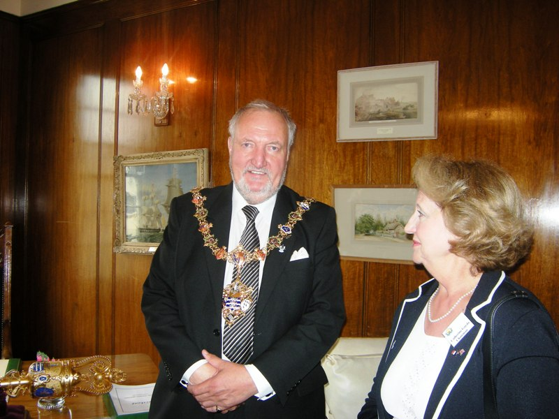 Worthing-mayor